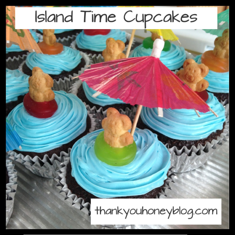 Island time cupcakes