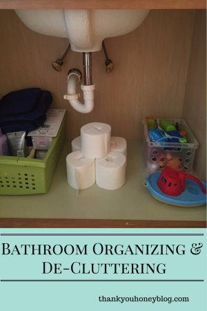 Organizing and De-cluttering the Bathroom #ScottTubeFree #ad