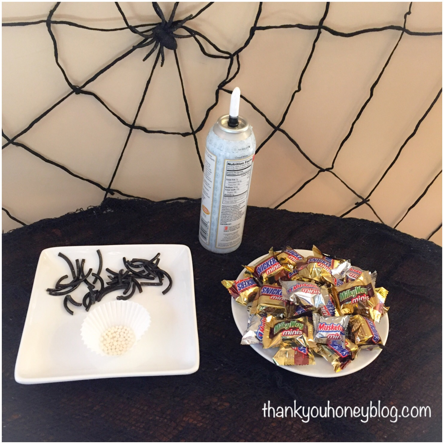 Creepy Crawly BOO'ing Cauldron & Spooky Spiders Treats #BOOItForward #ad