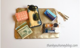 How to Downsize Your Purse and Still Have The Essentials