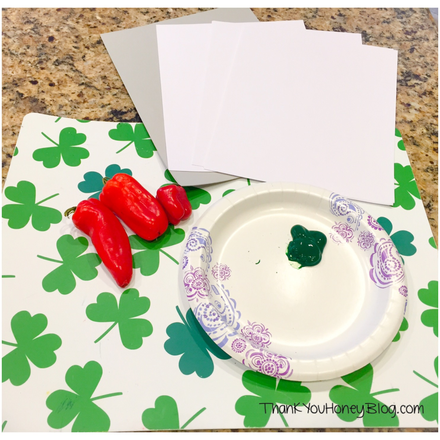 St. Patrick's Day Kids Crafts, Painting, St. Patrick's Day Kids Clover Craft, Shamrock Painting Kids Craft, Leprechaun, Kids Activities, Irish Legend, Craft, http://thankyouhoneyblog.com